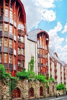 Swan house .l'un des bâtiments modernes de budapest.