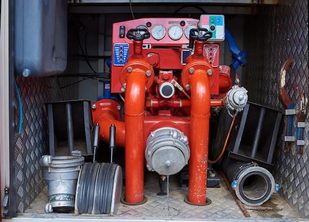 Système de compresseur-pompe d'un camion de pompiers