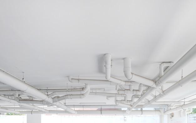 Système de conduite d'eau. installation de conduite d'eau dans le bâtiment. système de transport par conduite d'eau.