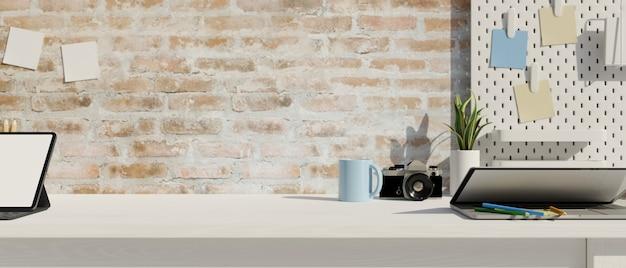 Table en bois blanc avec espace de copie, mur de briques et fournitures de bureau rendu 3d, illustration 3d
