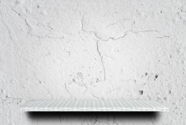 Table de présentation en ciment fissuré blanc vide
