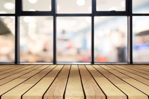 Table vide de planche de bois de perspective
