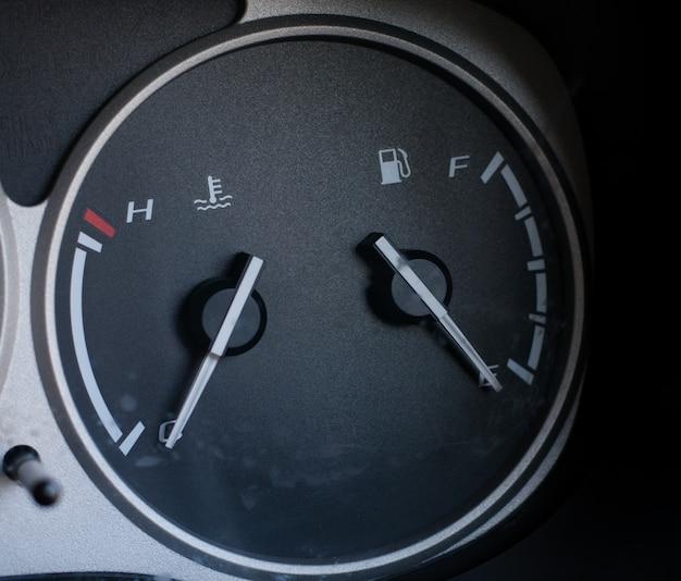 Tableau de bord de jauge de carburant