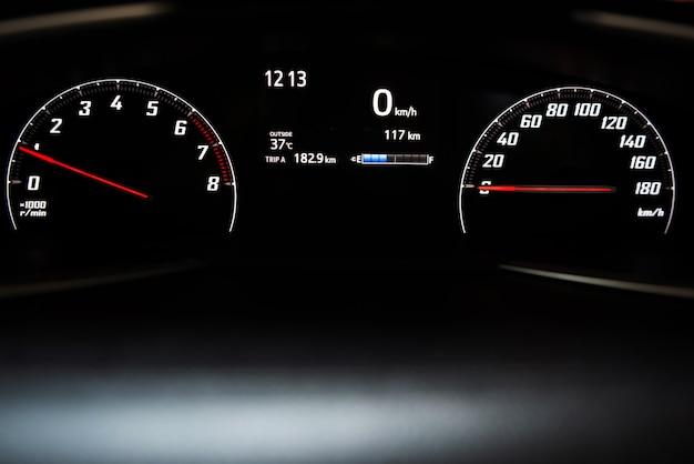 Tableau de bord de voiture, indicateur de vitesse de voiture