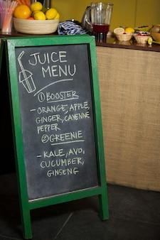 Tableau de menu à l'épicerie de santé