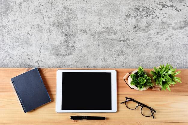 Tablette, ordinateur, table