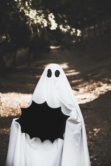 Tablette tenue fantôme sous forme de tache