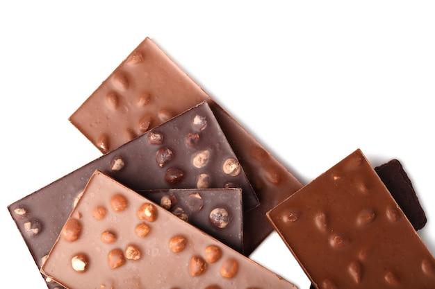 Tablettes de chocolat aux amandes et noix se bouchent
