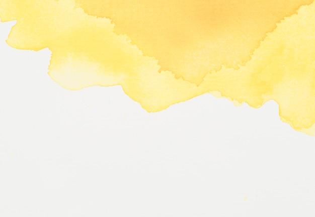 Tache de colorant jaune vif