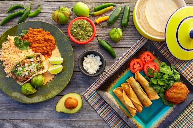 Tacos de carnitas mexicaines avec flautas du mexique