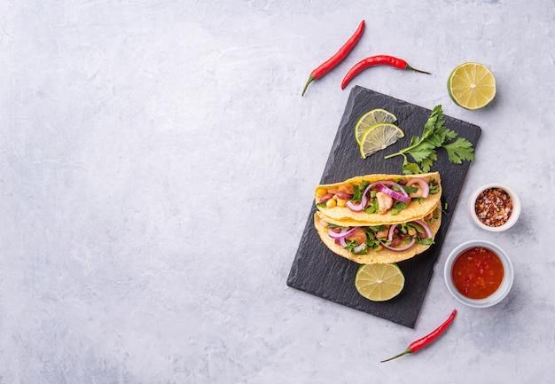 Tacos De Rue Mexicains Au Poulet Photo Premium