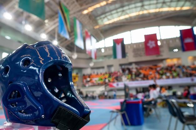 Taekwondo entendre la garde lors d'une compétition internationale