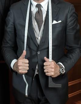 Tailleur en costume