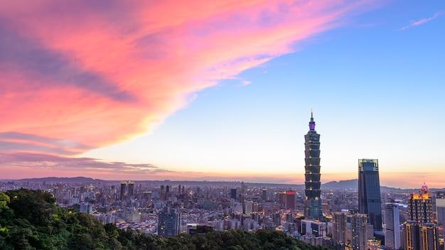 Taipei 101 nuit