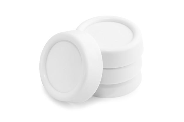 Tampons anti-vibrations pour machines à laver et réfrigérateurs isolés sur blanc. objet isolé