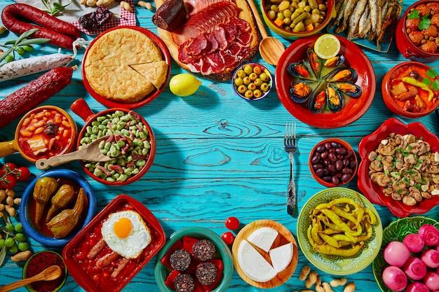 Tapas d'espagne mélange des recettes les plus populaires