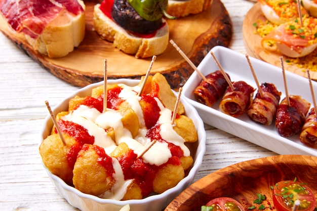 Tapas mix and pinchos food from spain recettes et pintxos