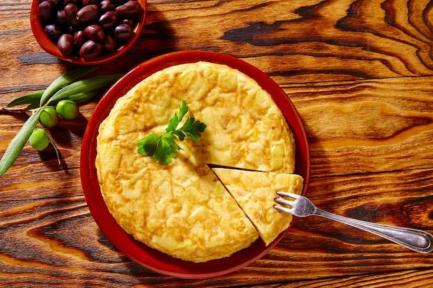 Tapas tortilla de patata omelette aux pommes de terre