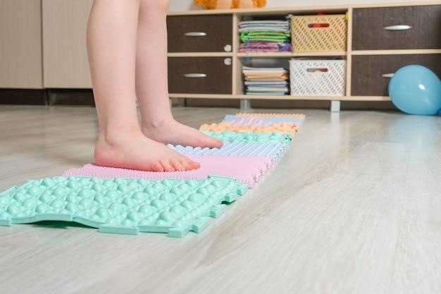 Tapis de massage des pieds pour bébés