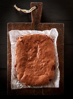 Tarte au chocolat rectangulaire au four rectangulaire