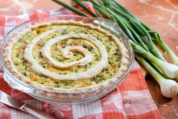 Tarte au fromage de chèvre et aux oignons verts