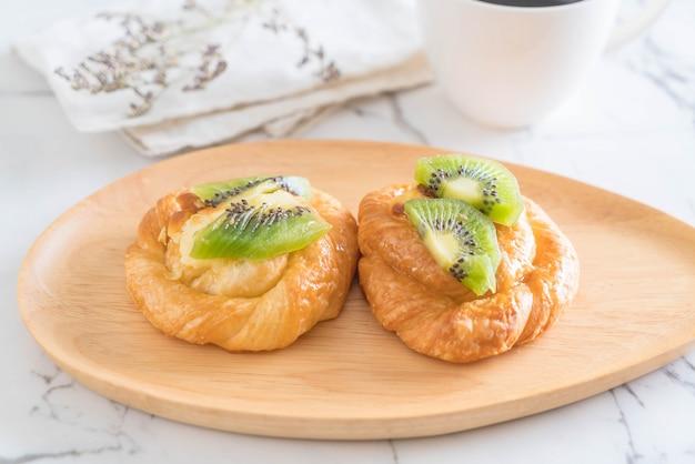 Tarte au kiwi sur plaque