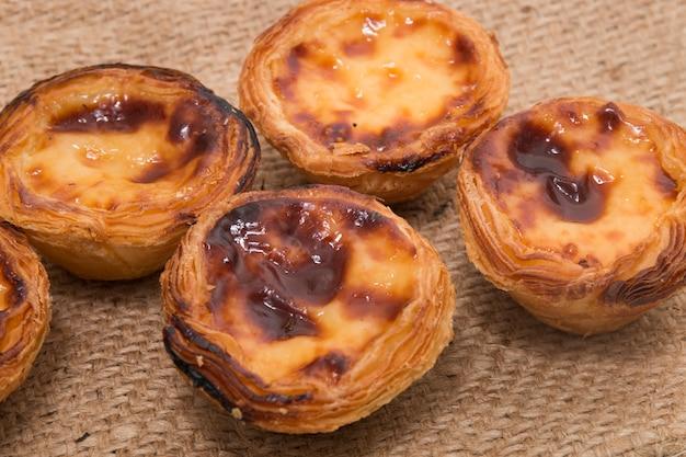 Tarte aux œufs portugaise