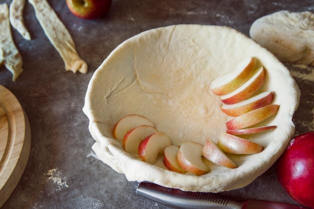 Tarte aux pommes à angle élevé