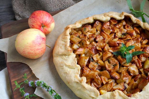 Tarte aux pommes à la menthe