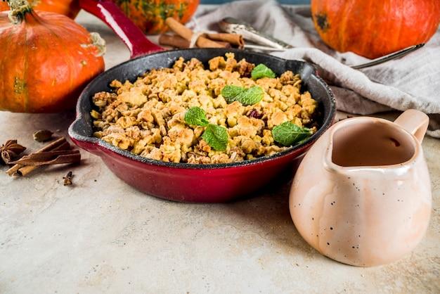 Tarte crumble au potiron cuite au four maison