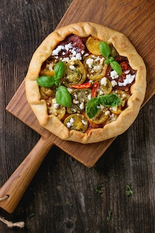 Tarte ouverte aux tomates colorées