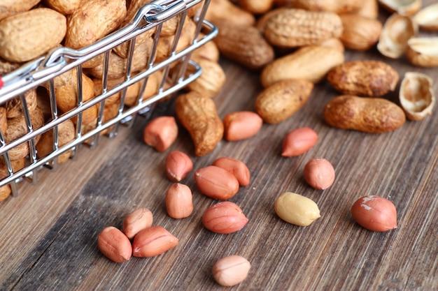 Tas de graines d'arachide
