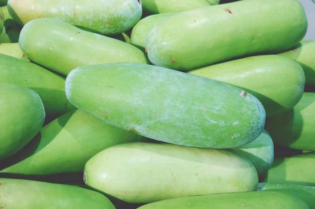 Tas de melon au marché du frais