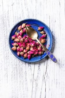 Tas de roses de thé