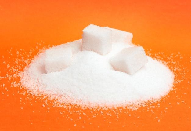 Tas de sucre blanc