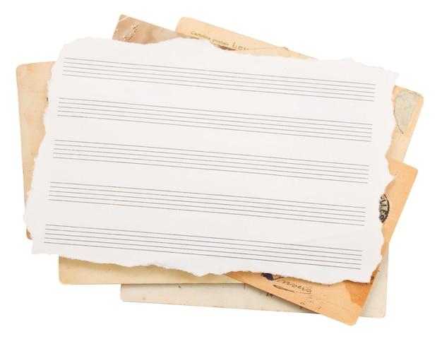 Tas de vieux papiers
