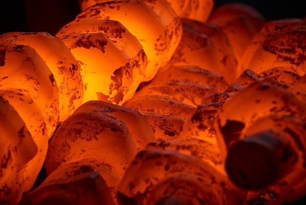 Tas de vilebrequins en acier chaud