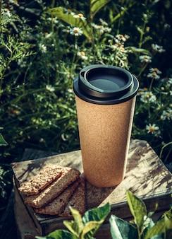 Tasse à café et biscuits réutilisables