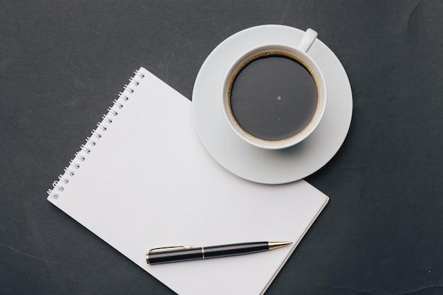 Tasse à café bloc-notes poignée lunettes
