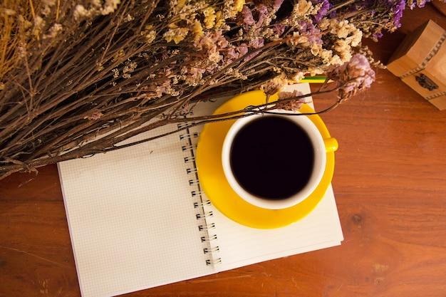 Fleur Sechee Vecteurs Et Photos Gratuites