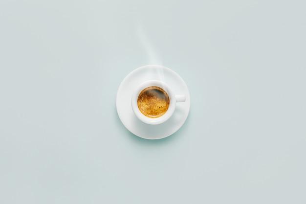 Tasse de café fait dans la tasse