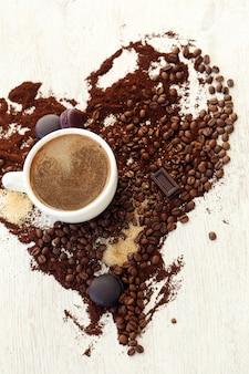 Tasse à café avec grains de café
