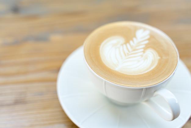 Tasse de café avec latte art