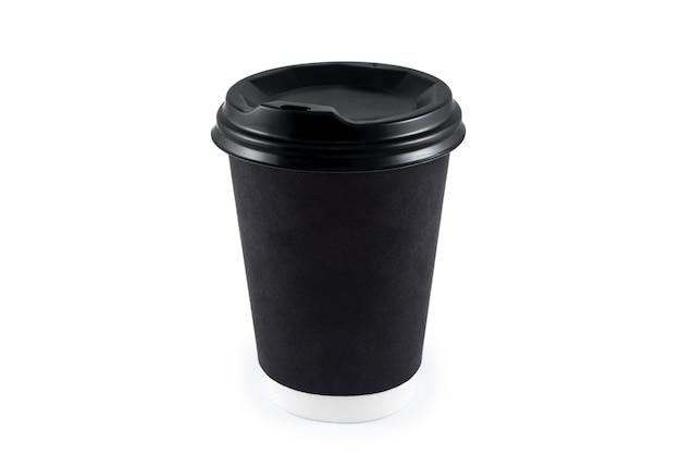 Tasse à café en papier noir sur blanc isolé. tasse de café en papier vierge jetable à emporter ou à emporter pour le logo de l'application, espace pour la mise en page du design.