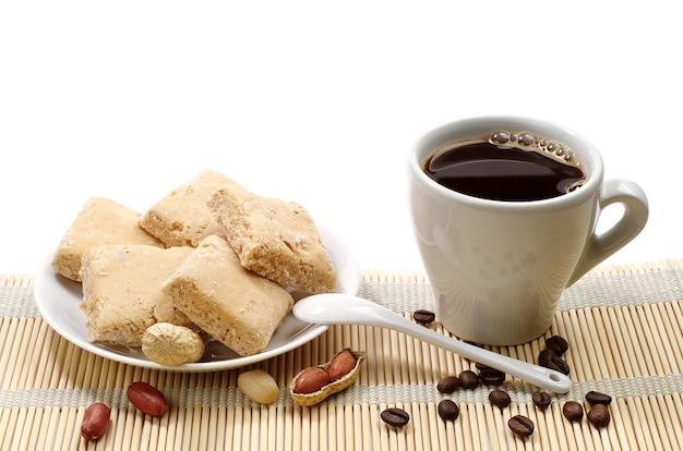 Tasse de café et sorbets de bonbons de l'est