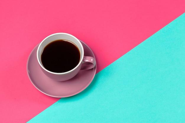 Tasse de café et soucoupe