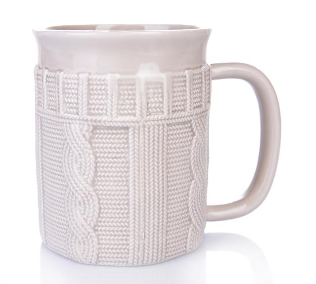 Tasse de thé isolé sur blanc