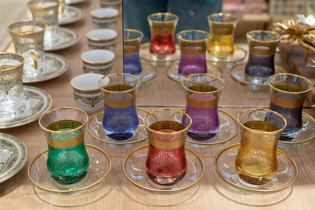 Tasses de thé au grand marché de turquie