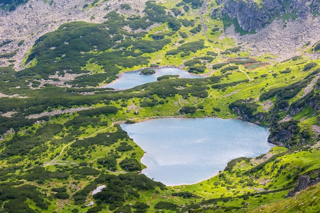 Tatra mountain, pologne, vue sur groupe de lacs glaciaires de kasprowy wierch