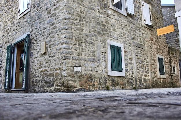 Tbilissi géorgie europe de l'est rues étroites de la vieille ville